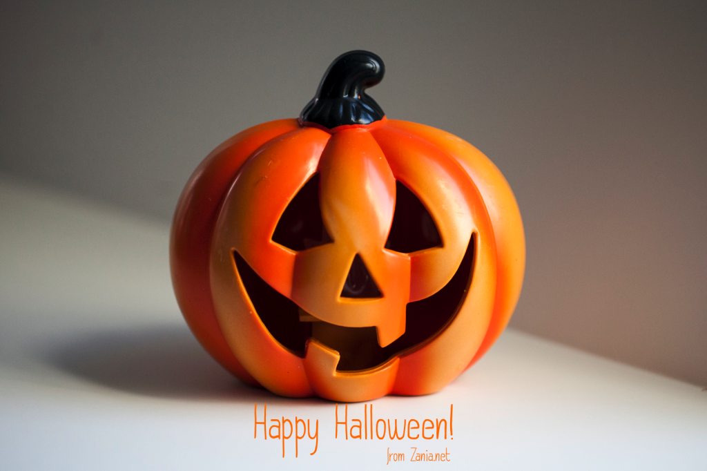 Happy_Halloween_White